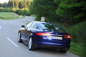 Foto Exteriores-(12) Jaguar Xf Sedan 2011