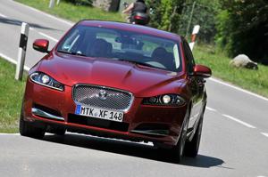Foto Exteriores-(80) Jaguar Xf Sedan 2011