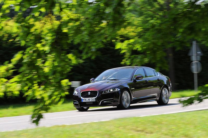 Foto Exteriores Jaguar Xf Sedan 2011