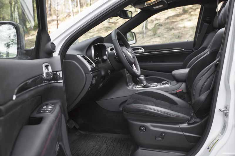 Foto Interiores Jeep Grand Cherokee Suv Todocamino 2017