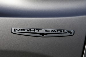 Foto jeep renegade-night-eagle 2016