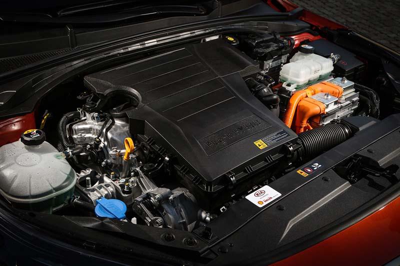 Kia XCeed PHEV 2020, foto motores