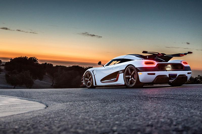 Foto Exteriores (5) Koenigsegg Koenigsegg-one-1 Cupe 2016