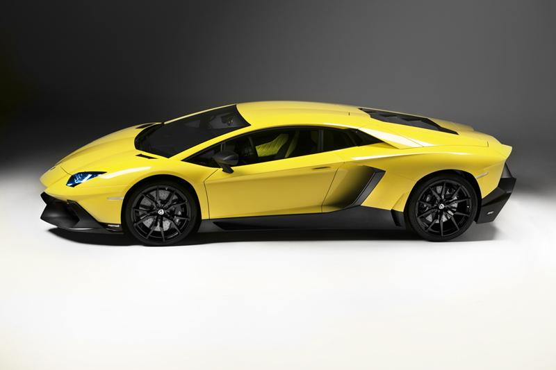 Foto Lateral Lamborghini Aventador 50 Aniversario Cupe 2013