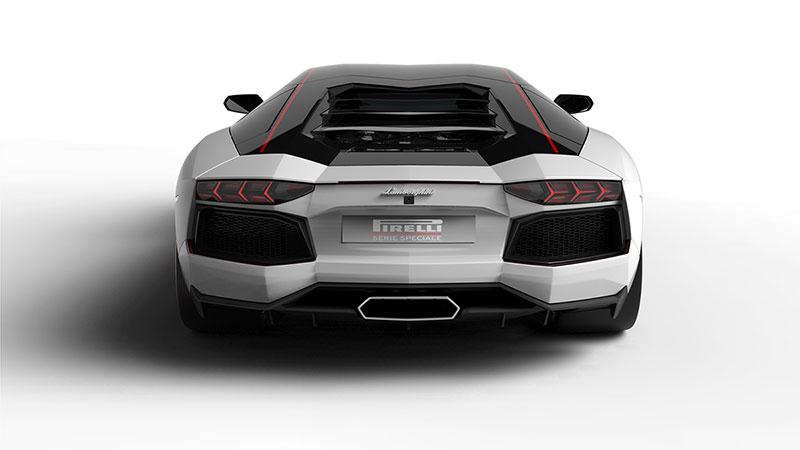 Trasera del Lamborghini Aventador LP700