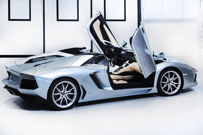 Foto Exteriores Lamborghini Aventador Roadster Descapotable 2012