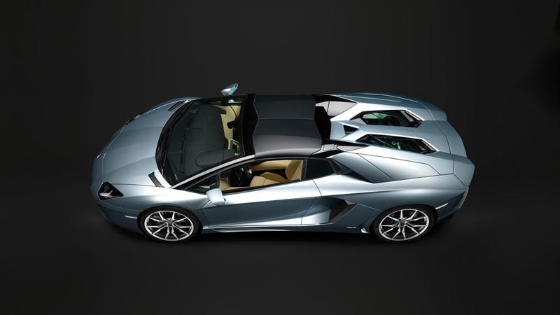 Foto Lateral Lamborghini Aventador Roadster Descapotable 2012