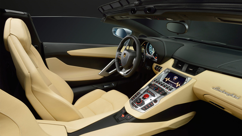 Foto Salpicadero Lamborghini Aventador Roadster Descapotable 2012
