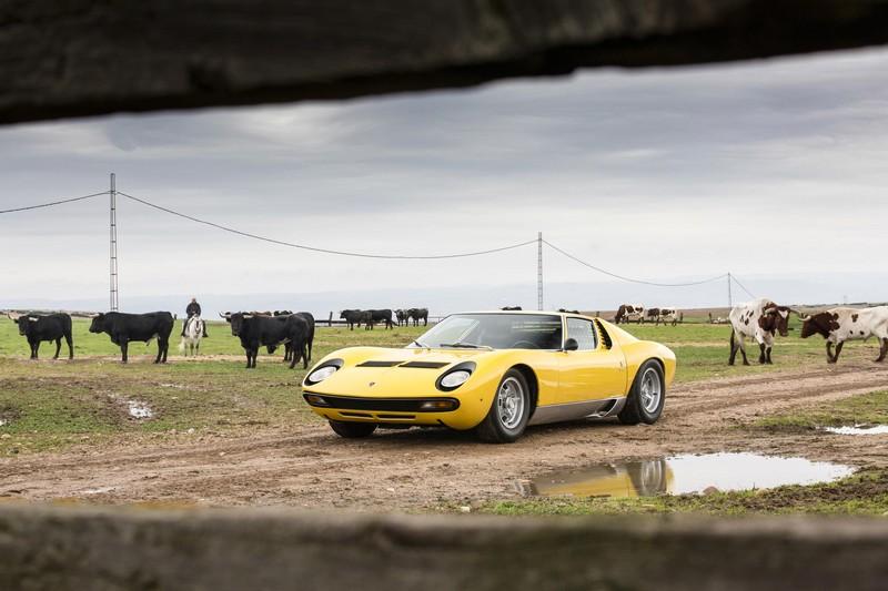 Foto Delantera Lamborghini Miura Sv Cupe 1966