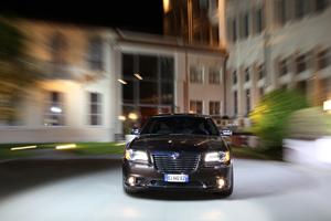 Foto Exteriores_06 Lancia Thema Sedan 2011
