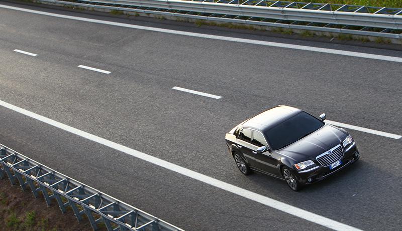 Foto Exteriores_28 Lancia Thema Sedan 2011