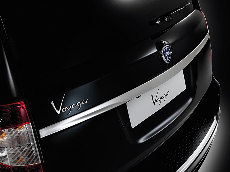 Foto Detalles Lancia Voyager Monovolumen 2013