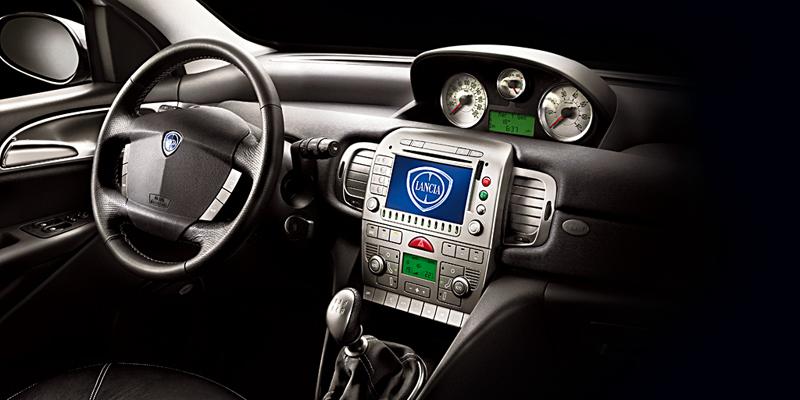 Foto Salpicadero Lancia Ypsilon Dos Volumenes 2007
