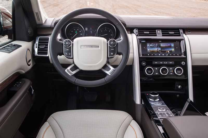 Land Rover Discovery 2017, foto interior