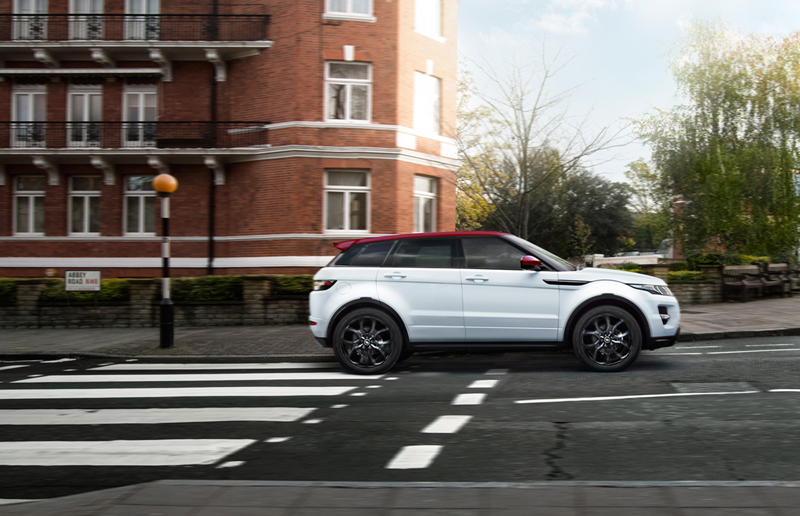 Foto Lateral Land Rover Range Rover Evoque British Edition Suv Todocamino 2015
