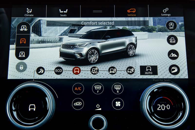 Range Rover Velar, foto pantalla salpicadero
