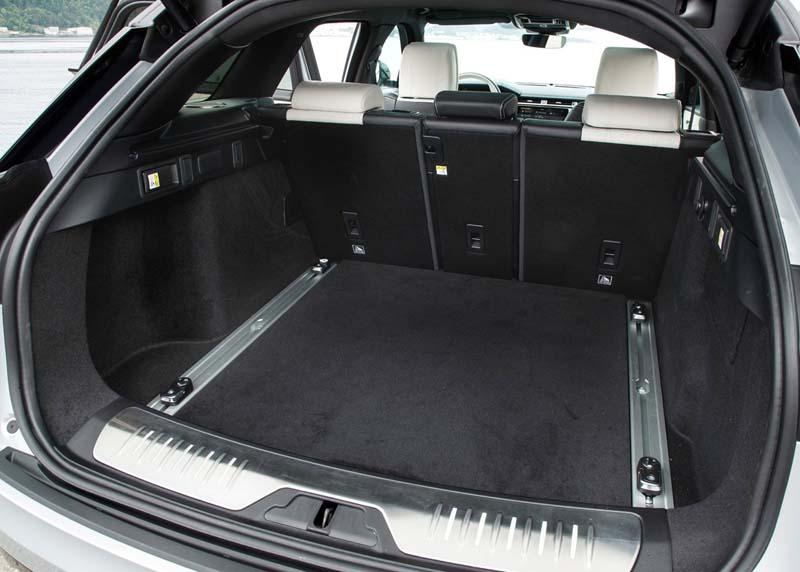 Range Rover Velar, foto maletero