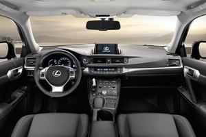 Lexus CT200H, análisis de las plazas delanteras