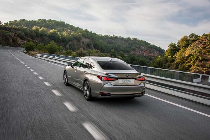 Foto Exteriores Lexus Es Sedan 2019