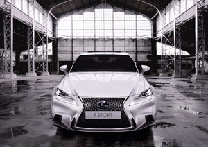 Foto lexus is 2013