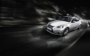 Foto Perfil Lexus Is Berlina 2013