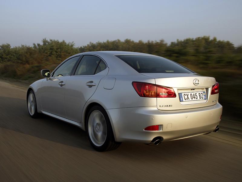Foto Trasero Lexus Is Sedan 2007