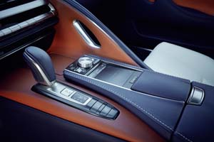 Foto Detalles (2) Lexus Lc-500h Cupe 2018