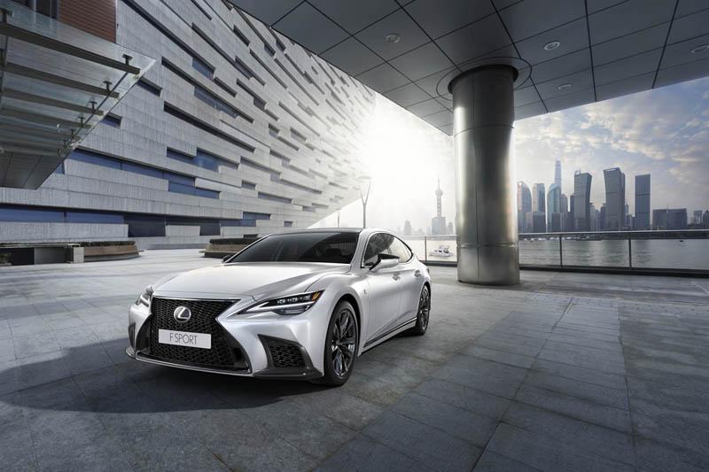 Foto Delantera Lexus Ls Sedan 2021