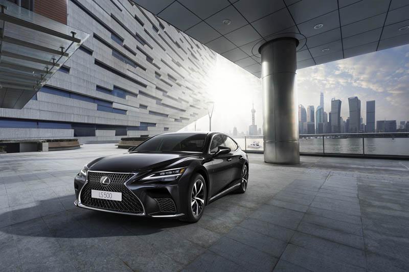 Foto Exteriores Lexus Ls Sedan 2021