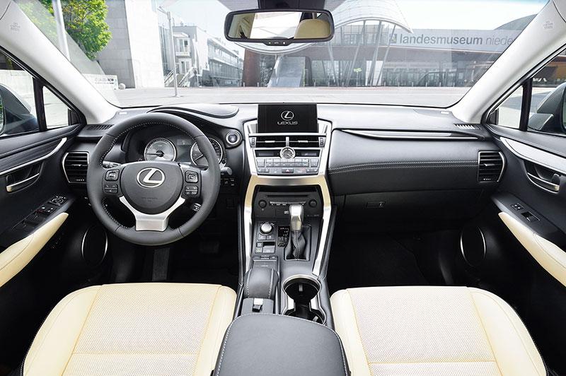 Foto Interiores Lexus Nx Suv Todocamino 2014