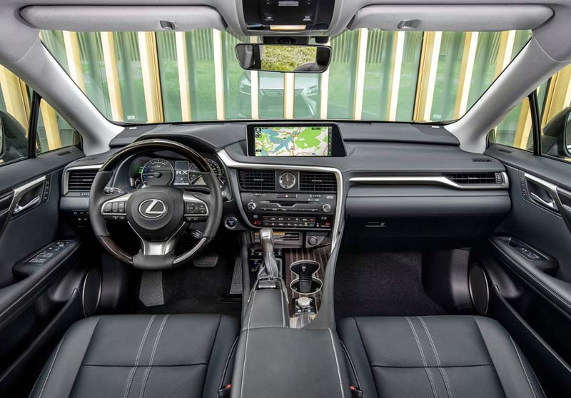 Lexus RX 450h L, foto salpicadero