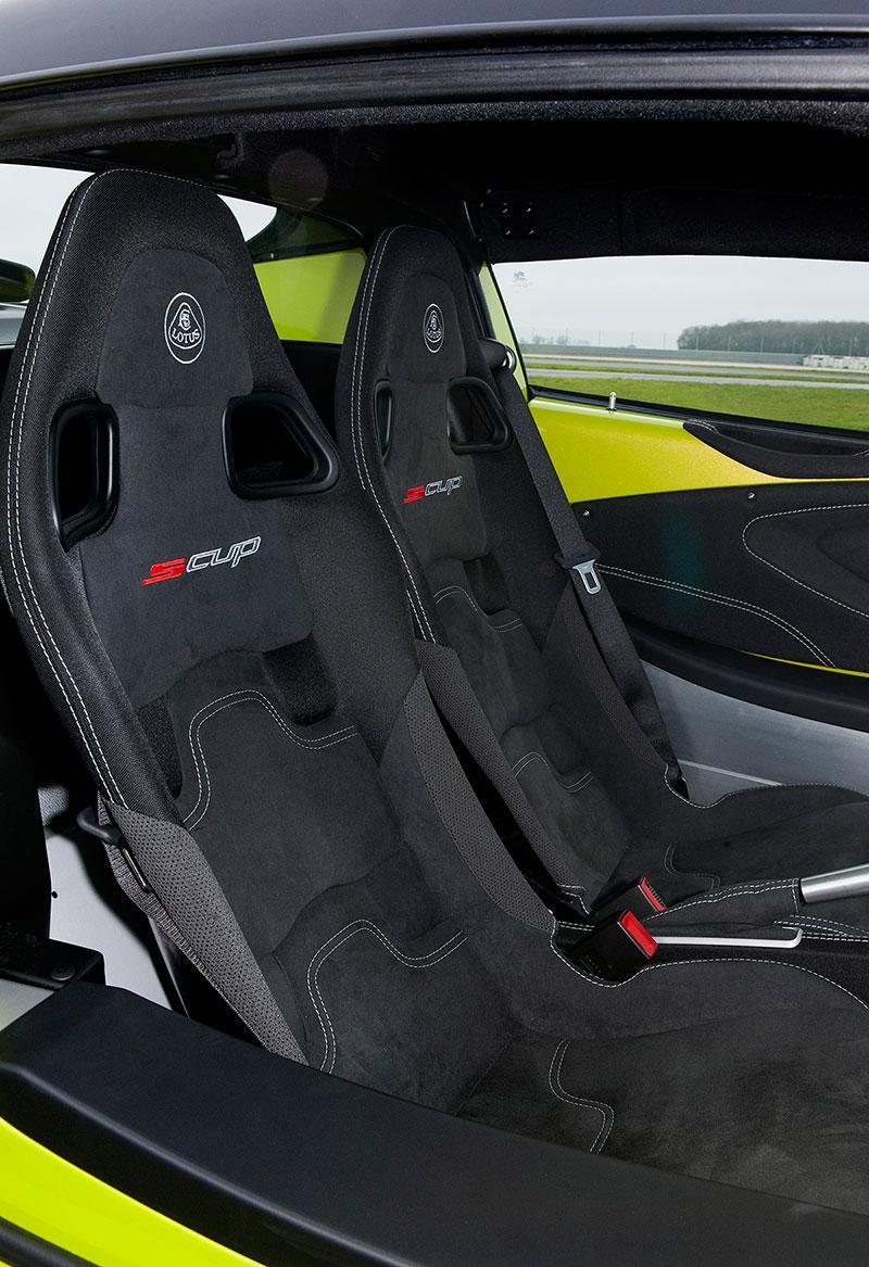 Foto Interiores Lotus Elise Cupe 2015