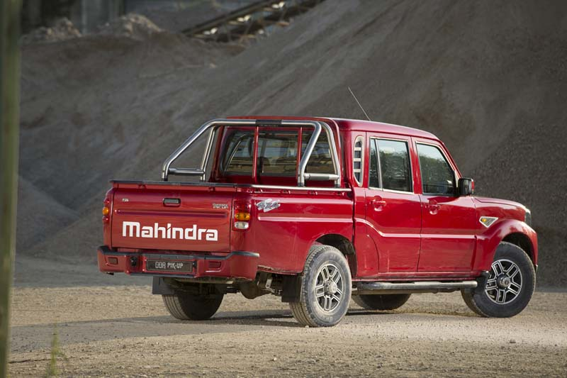 Mahindra Goa Pik Up Plus, foto trasera