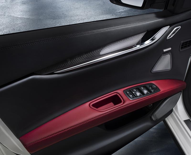 Foto Interiores Maserati Ghibli Sedan 2013