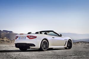 Foto Trasera Maserati Grancabrio-mc Descapotable 2012