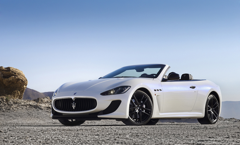 Foto Perfil Maserati Grancabrio Mc Descapotable 2012