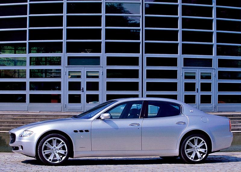 Foto Lateral Maserati Quattroporte Sedan 2006