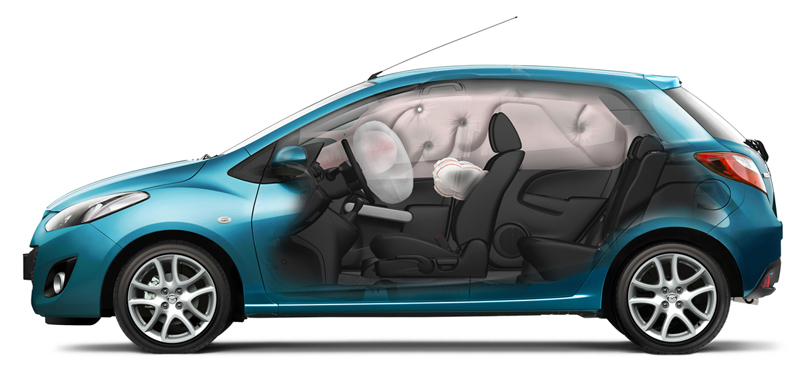 Foto Perfil Mazda 2 Dos Volumenes 2010