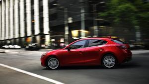 Foto Exteriores (2) Mazda 3 Dos Volumenes 2013