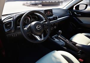 Foto Salpicadero Mazda 3 Dos Volumenes 2013