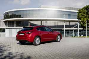 Foto Exteriores 16 Mazda 3 Dos Volumenes 2017