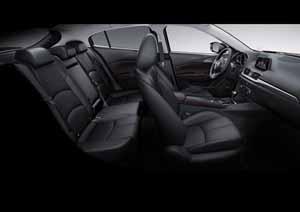 Foto Interiores 2 Mazda 3 Dos Volumenes 2017
