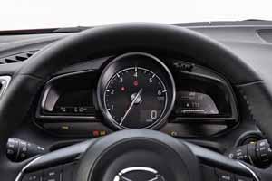 Foto Interiores 4 Mazda 3 Dos Volumenes 2017