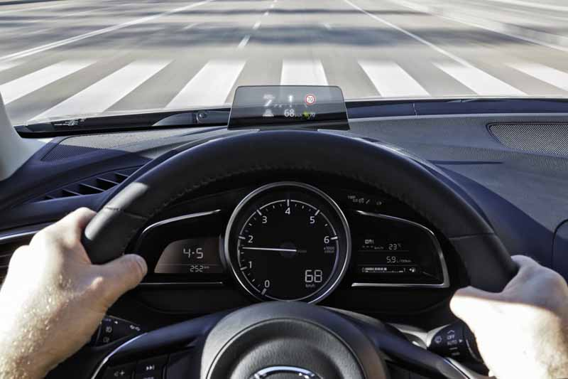 imagen head up display mazda3