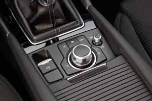 Foto Detalles 1 Mazda 3 Sedan 2017