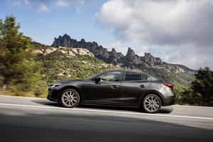 Foto Exteriores 4 Mazda 3 Sedan 2017