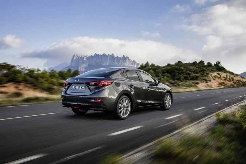 Foto Exteriores Mazda 3 Sedan 2017