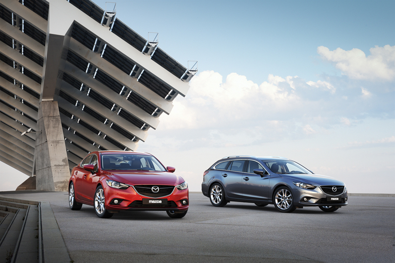 Foto Exteriores Mazda 6 Sedan 2012