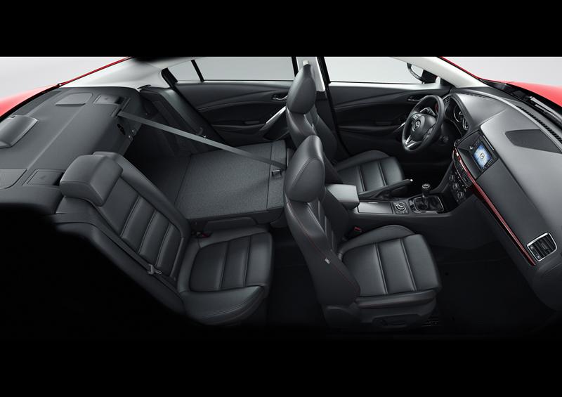 Foto Interiores Mazda 6 Sedan 2012