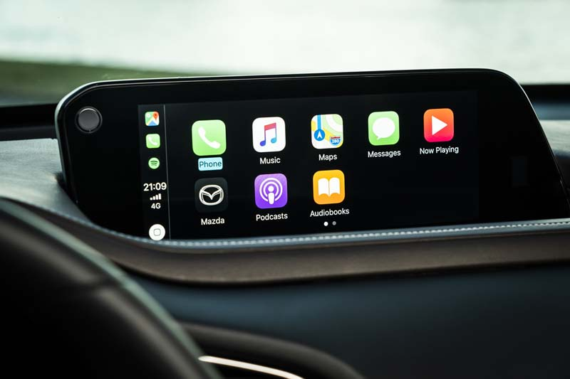 Mazda CX-30, foto pantalla salpicadero